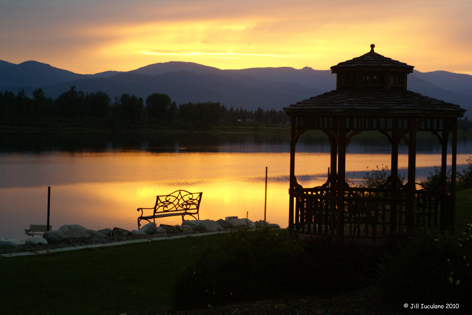 skookum_lake_view-sunset